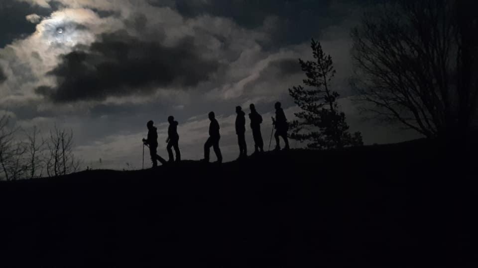 Alutaguse Matkaklubi matkajad mäel